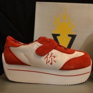 New! VOLATILE Asia White/Red Platform Sneakers 7